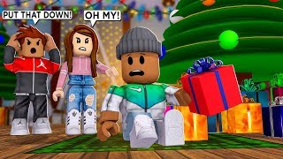 My Parents CAUGHT Me Opening CHRISTMAS Gifts... (Roblox)