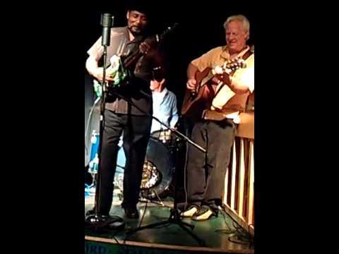 Super Chikan & Gary Vincent 10-17-13 - Thacker Mountain Radio