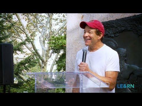 Steve Guttenberg - NYC LymphWalk 2017 - LE&RN