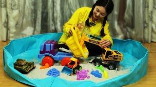 [유라] 장난감(toy)_모래놀이 중장비 놀이 공사장놀이 모래성 만들기 탱크놀이  보물찾기 sand play construction site sandcastle tank