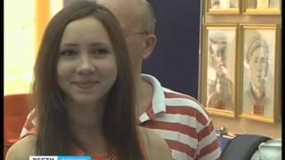 В холле облдумы открылась выставка работ юных художников из Бутурлиновки