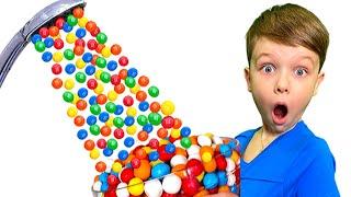 Папа хочет конфеты | Андрей принял Волшебный душ из m&m's