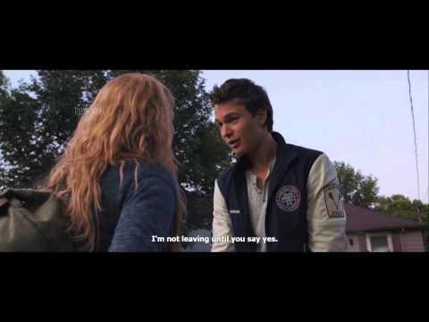 Carrie [2013] -  BEST SCENES