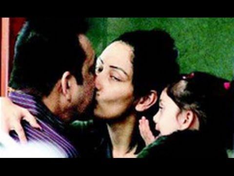 Sanjay Dutt Hot Kiss