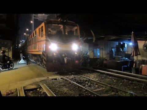 สำรวจทางรถไฟสายแม่น้ำ ช่วงสามเหลี่ยมจิตรลดา - คลังปิโตรเลียมบางจาก Bangkok Unseen Railway Track