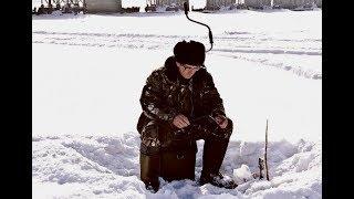 Як ловити окуня по останньому льоду? На що ловити окуня в березні?
