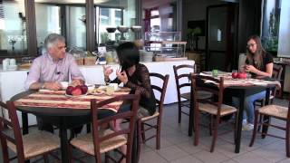 Buongiorno con la Mela Rossa Cuneo IGP. HOTEL GRISELDA - SALUZZO