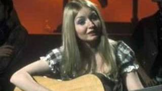 Mary Hopkin sings Allentown Jail