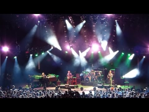 2013-07-10 - PNC Bank Arts Center, Holmdel, NJ (SET 1) [HD]