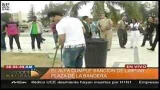 El Alfa cumple con orgullo en La Plaza de La Bandera!!!
