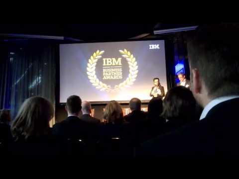 Balentor vastaanottaa palkinnon IBM Business Partner Awards 2014 –tapahtumassa