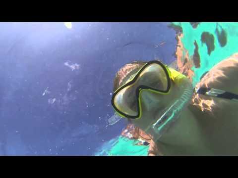 Snorkelling at Oro Bay Natural Pool - Isle of Pines - New Caledonia