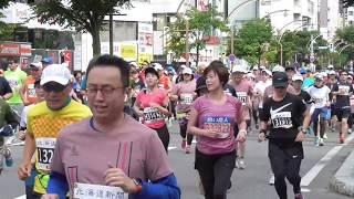 北海道マラソン2018。スタートして約1.5キロ地点(南8西4)にて撮影。14:35~14:40泥棒が走ってます。