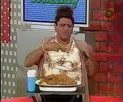 Especial del Humor 2005 Mascaly Entrevista a Portola Ofreciendo su Sanguito