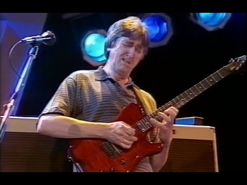 Allan Holdsworth  Looking Glass  Frankfurt  HQ audio