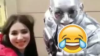 Узбекская актриса  удивился