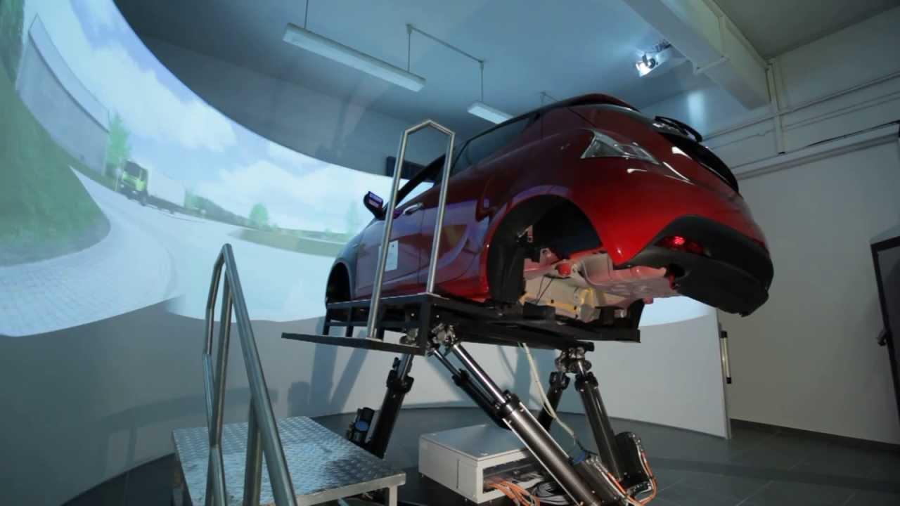 Il simulatore di guida dell 39 universit di firenze youtube for Simulatore di arredamento
