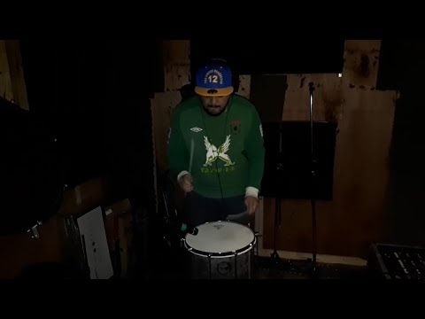 Rhythm of the band Olodum ( in recording room)