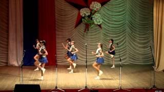 Танцевальный коллектив «Сюрприз» районного центра культуры и досуга п.Оричи. Танец «Комарово»