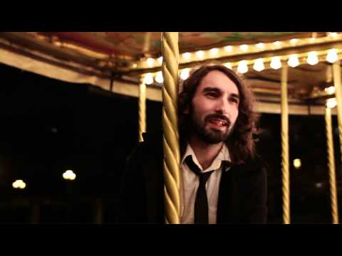 Alfredo González - Hasta las manos (videoclip)