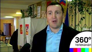 Боксер Денис Лебедев проголосовал в Чехове