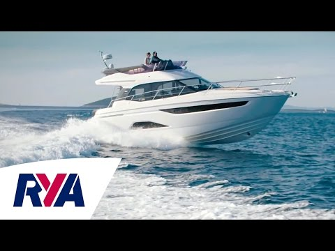 First Look - Bavaria R40 - Step on board the latest Motor Yacht launched at London Boat Show