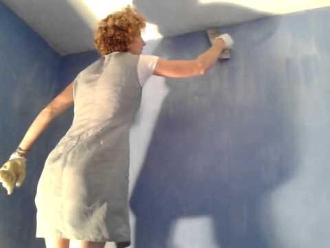 Application d 39 un enduit la chaux et poudre de marbre - Peinture a la chaux tollens ...