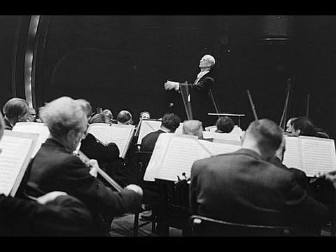 Wilhelm FURTWÄNGLER conducts Beethoven - Symphony No. 8 LIVE (1953)