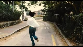 Repeat youtube video 김혜수 노브라 달리기 720p