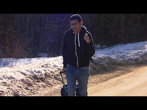 The new Underground Railroad: Immigrants fleeing the US for Canada | ABC News