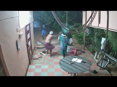 Brave Elderly Couple Fight Off Machete-wielding Robbers In India