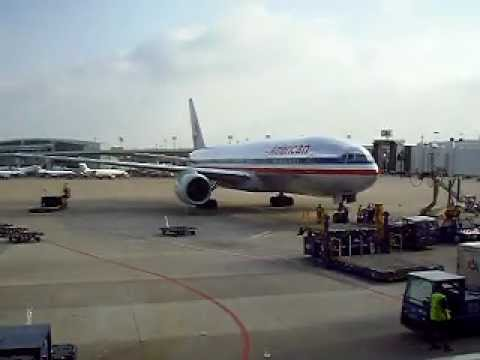 American Airlines 777 Taxiing In Dallas Back From