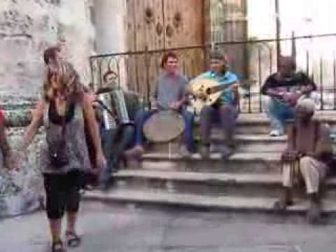 Arifa playing - Tourists from Serbia dancing in Havana
