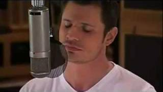 Watch Nick Lachey Resolution video