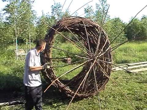 The Crafts of Nikola-Lenivets: The Kibitkas (2 of 11)