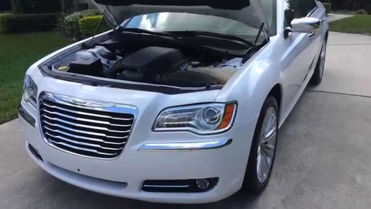 2011 chrysler 300c hemi v8 youtube. Black Bedroom Furniture Sets. Home Design Ideas