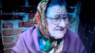 Ржачная бабуля рассказывает матерную сказку.