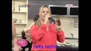 ARZU ASLAN-YORUM YOK-GÖÇMEN KIZI-RUMELİ TV-(28/12/2013)-TÜRK MEDYA SUNAR. Resimi