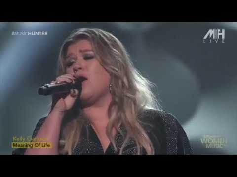 Kelly Clarkson - Meaning Of Life (Live Performance)