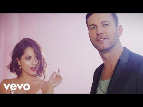 Axel - Que Nos Animemos (Video Oficial) ft. Becky G