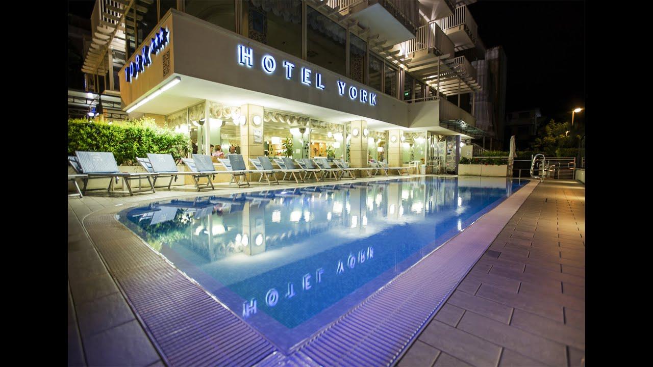 Hotel 3 stelle riccione hotel york presentazione - Hotel con piscina a riccione ...