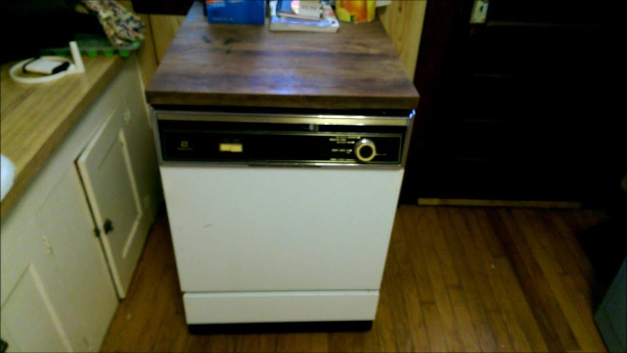 1982 Maytag Wc301 Portable Dishwasher Youtube