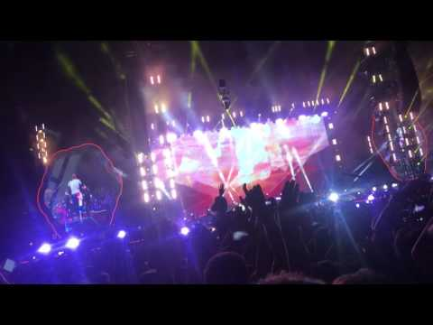Coldplay - hymn for the weekend live in Warsaw, Poland 18.06.2017
