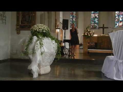 Nina Hochzeit - Cover von Nothing else matters