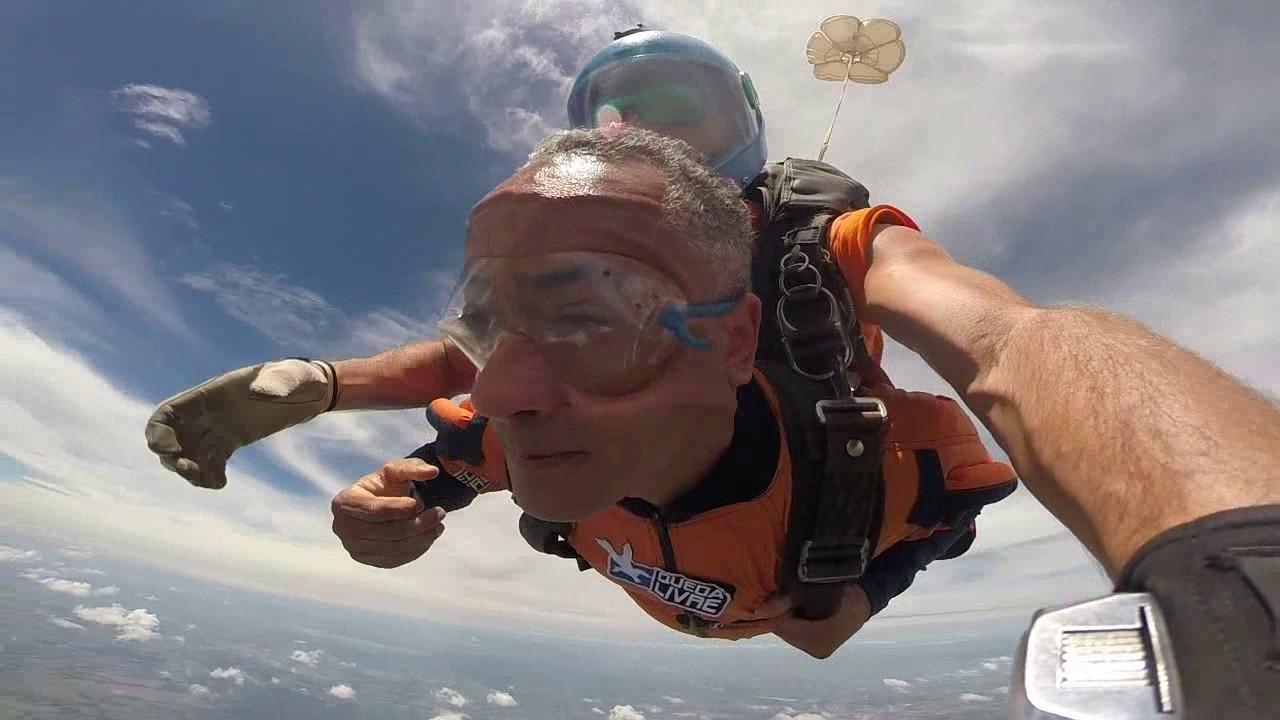 Salto de Paraquedas do João na Queda Livre Paraquedismo 28 01 2017
