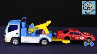 Про машинки іграшки. Евакуатор, гоночна тачка, автовоз і аварія. МанкиИгрушки