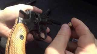 Тестируется травматический револьвер Наган (Другое ВИДЕО на сайте http://weapon-men.ru/?cat=1)(http://weapon-men.ru Тестируется травматический револьвер Наган на пробивную способность патронами АКБС и КСПЗ..., 2013-06-04T12:11:42.000Z)