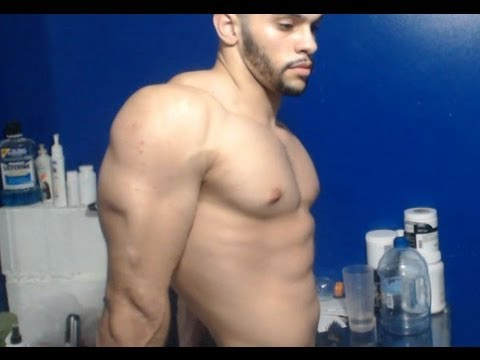 How to get bigger round shoulders - YouTube