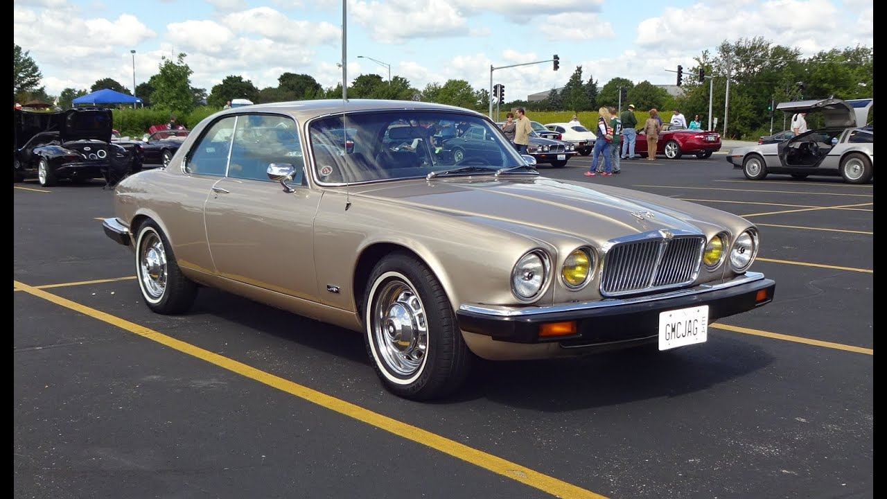 1976 jaguar xj 2 door pillarless coupe in gold paint. Black Bedroom Furniture Sets. Home Design Ideas