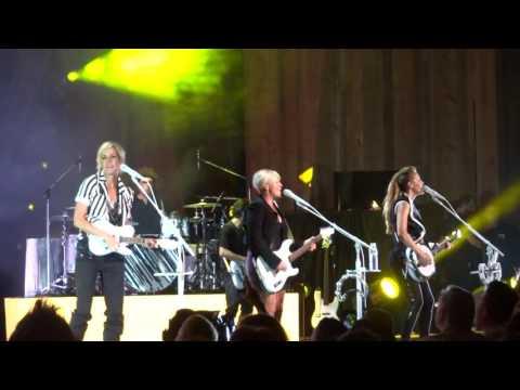 Dixie Chicks Blossom Music Center Cleveland Ohio June 3 2016 GOODBYE EARL